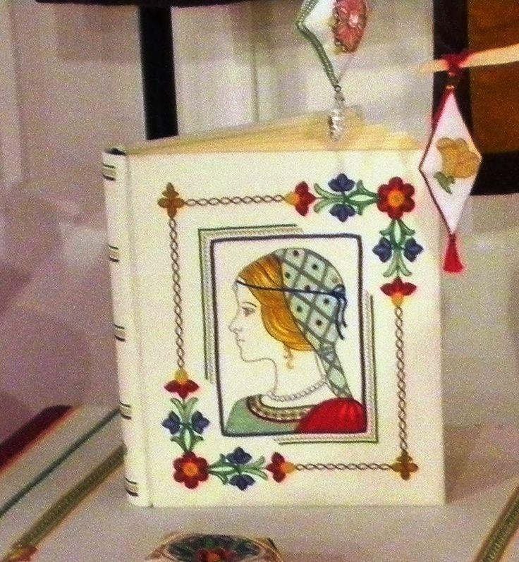 Ricamo, embroidery, broderie, bordado,.....: Il Ricamo e le scienze nelle mani. Recensione