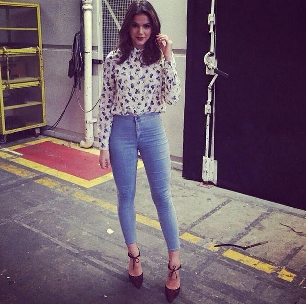 Bruna Marquezine nos bastidores de gravação (Foto: Instagram/Reprodução)
