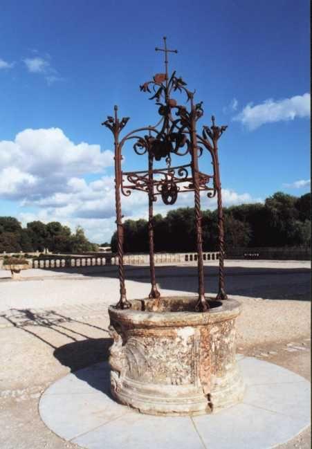 46 best Un puits dans mon jardin images on Pinterest