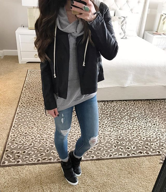 This has been my go-to outfit lately. Do you ever get stuck on one outfit and just keep wearing it over and over This hoodie, leather jacket and wedge sneakers are so comfy but still stylish and perfect for running errands. I might just keep wearing it #styleoftheday #winterstyle #fashiondiaries