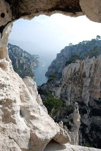 Superbe vue des calanques - Marseille- www.calanques-parcnational.fr