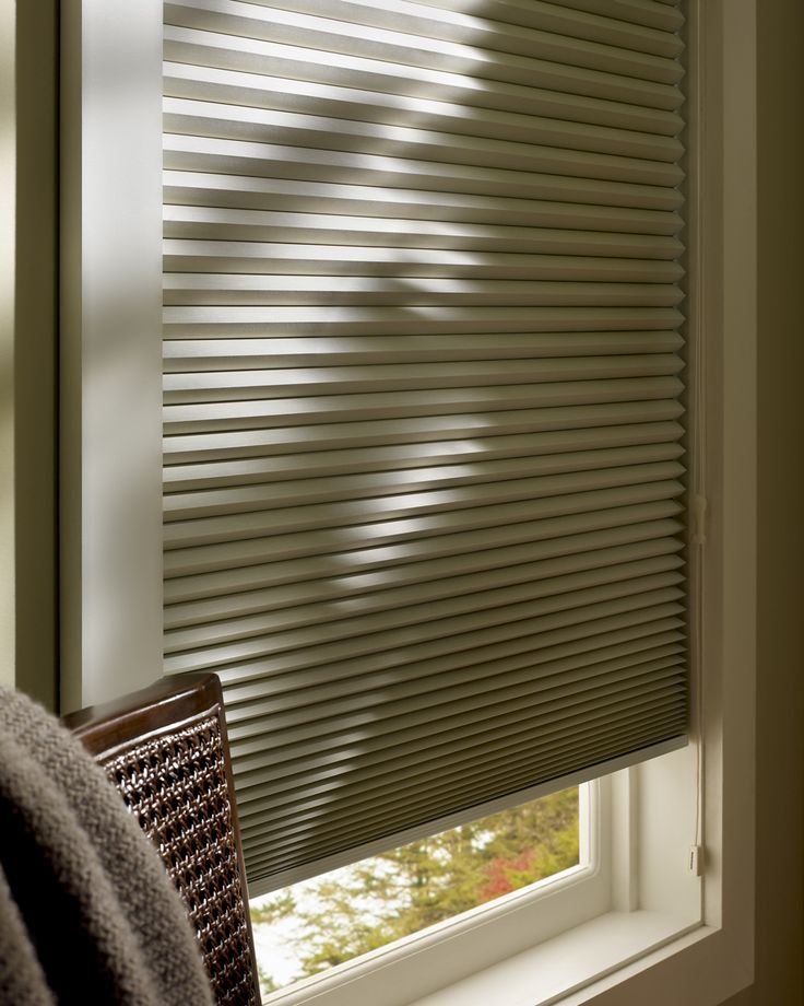 99 best hunter douglas honeycomb shades images on pinterest honeycomb shades honeycombs and hunter douglas