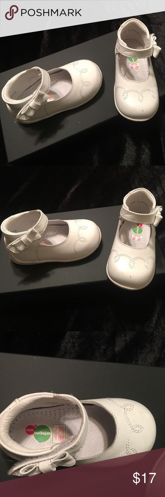 White Toddler booties White toddler booties!' Gently used great condition beautiful booties perfect for any toddler princess👑 Shoes Dress Shoes