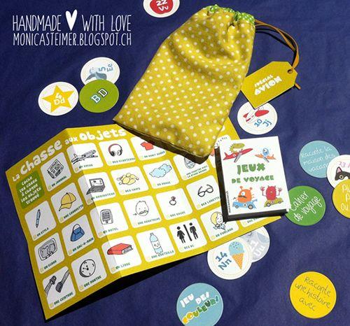 Pour occuper les enfants dans l'avion: pochette de jeux (gages, chasse aux objets, loto, etc).   monicasteimer.blogspot.ch