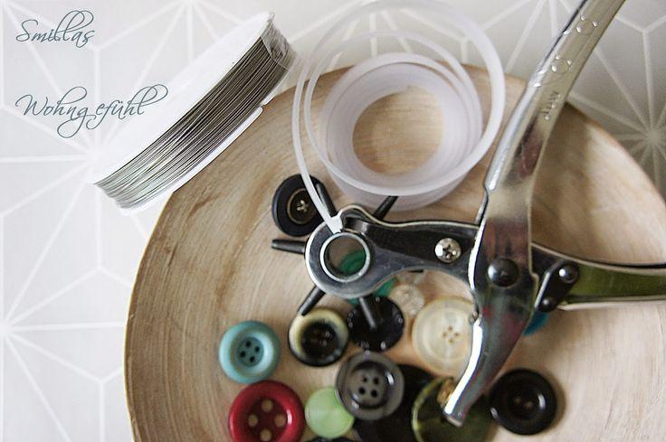 Smillas Wohngefühl: DIY: Ringe aus Omas Knöpfen oder Button-Rings