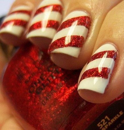 Unghie natalizie 2014: 20 Idee da copiare per stupire con le Mani unghie natalizie 2014 righe