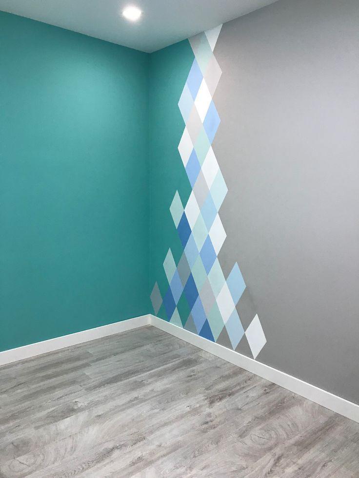 Pintura geométrica de paredes Pintura geométrica de paredes Tourquise y los tonos de azul, …