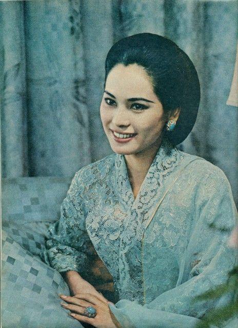 Ratna Sari Dewi Soekarno <3