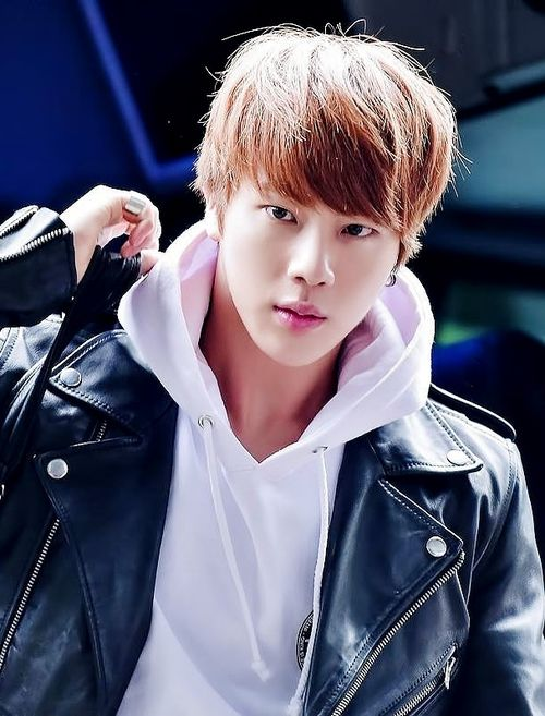 Bangtan Boys ❤ Seokjin (jin) | nice picture of him | tumblr