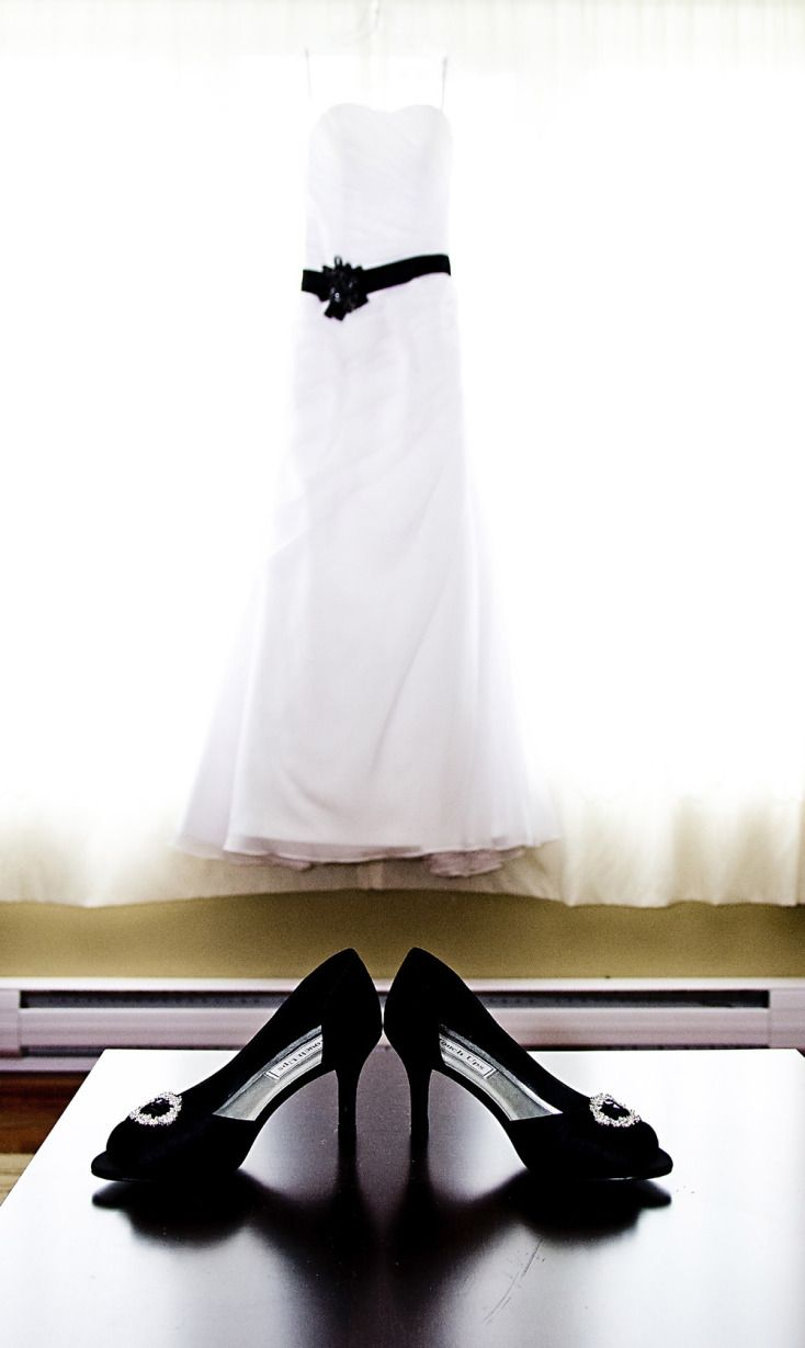 Wedding Dress and Shoes ©Alicia Robichaud Photography www.arfoto.ca