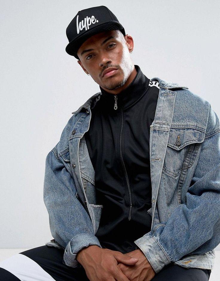 Hype Snapback Cap In Black With Logo - Black