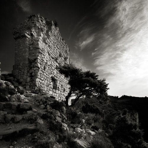 Cathares study 39 - France / Aguilar castle - 2008 ©Alain Etchepare