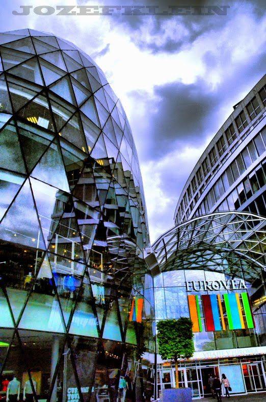 Moderná architektúra,Eurovea,Bratislava,Slovensko