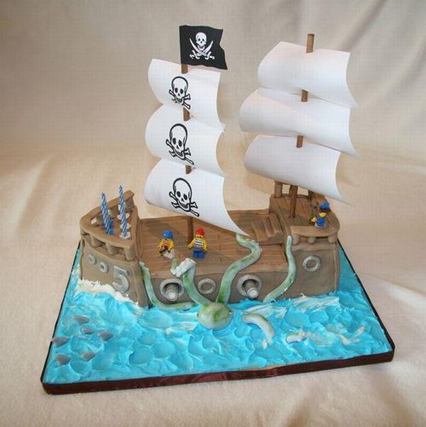 Piratas en aprietos. The Most Creative Cake Designs