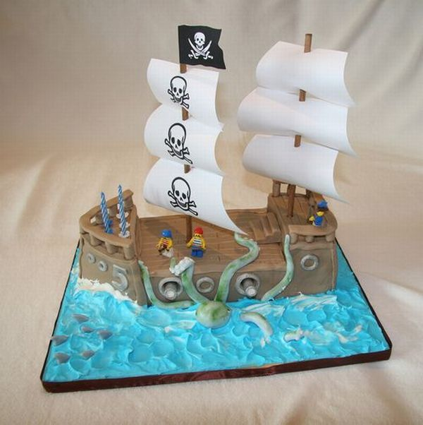 Pirates: The Most Creative Cake Designs