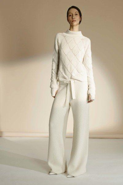 TSE Fall 2016 Ready-to-Wear fashion show