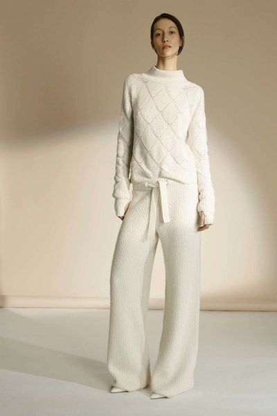 TSE Fall 2016 Ready-to-Wear fashion show