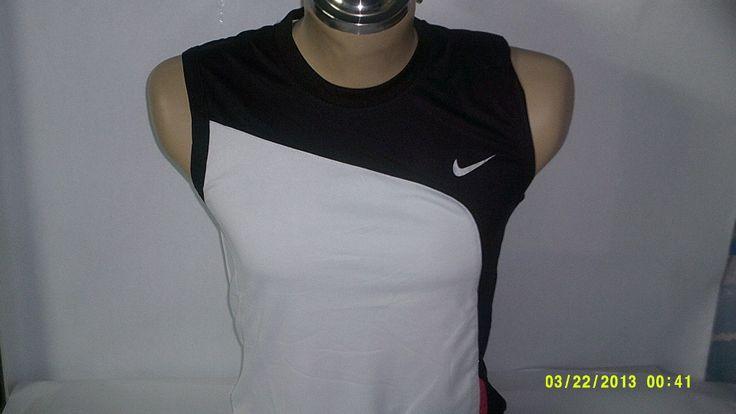 Camiseta sin mangas NIKE Dry Fit. diferentes colores y estilos.