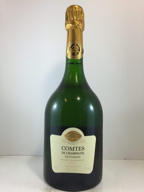 #Chardonnay Taittinger Comtes Blanc de Blanc 2000. This iconic Champagne producer makes some of the best Chardonnay focused Blanc de Blancs in France https://rarewine.com.au/product/taittinger-comtes-blanc-de-blanc-2000/