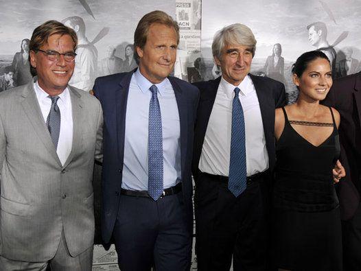 ′Newsroom′ cast on critics, season 2