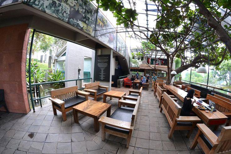 Selasar Sunaryo Art Space & Cafe (Bandung)