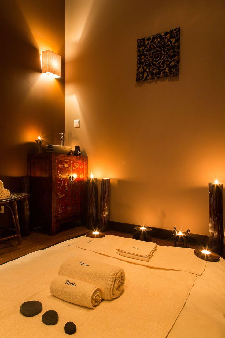 Com uma inspiração marcadamente oriental o Float in Massage dedica-se às massagens e rituais de beleza.