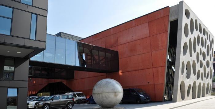 Herci plzeňského divadla budou číst vítězné texty projektu Literární kavárna