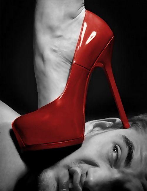 Fetish high heels kissing