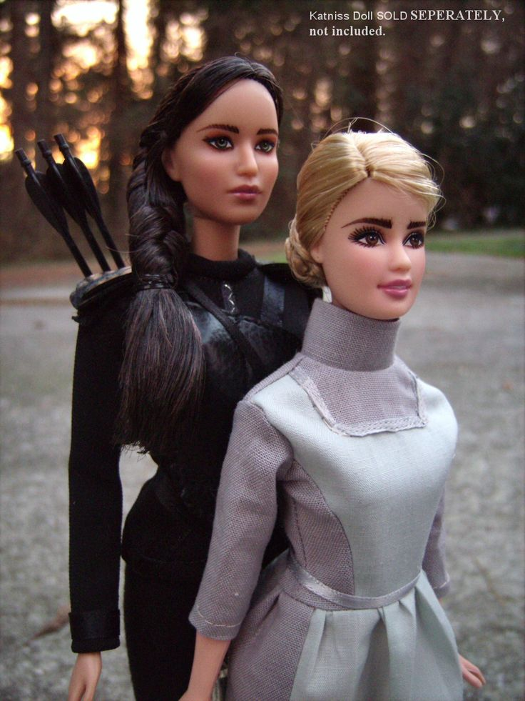katniss prim everdeen repaint barbie dolls in custom costumes from the hunger games - Primrose Everdeen Halloween Costume