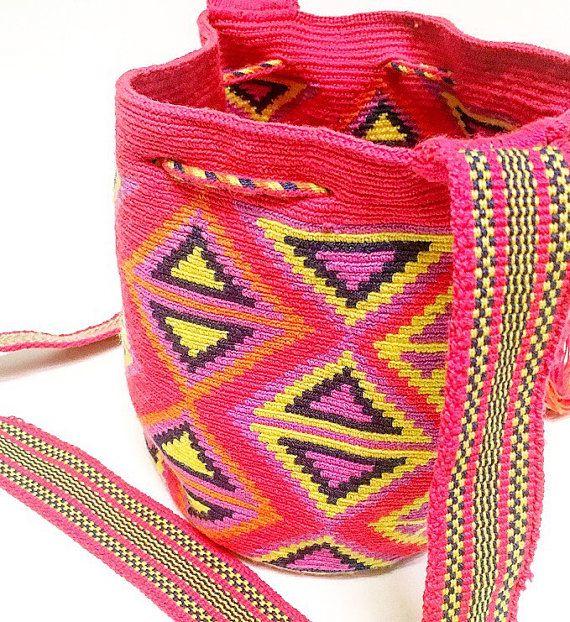 Wayuu bag mochila por mochilacultura en Etsy