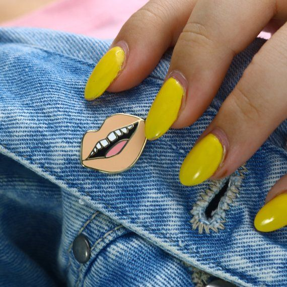 Nude Gap Toothed Lips Pin / Hard Enamel Pin | Spicy Jupiter