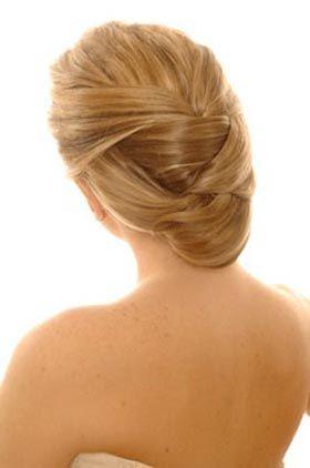 Resultados de la Búsqueda de imágenes de Google de http://www.peinadosparamujer.com/wp-content/uploads/2012/04/Peinados-Recogidos-para-Novias-Modernos-2012-2013-1.jpg
