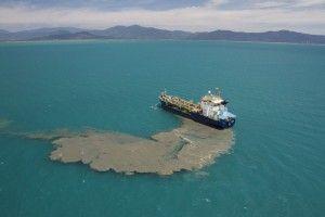 Sacrifier la Grande Barrière de corail à l'autel du charbon ?  Selon un nouveau rapport commandé par le WWF, la Grande Barrière de corail est menacée par le développement portuaire en Australie pour exporter plus de charbon. Les déchets générés par cette activité dans le périmètre du récif, site classé au patrimoine mondial de l'UNESCO, auront des « effets dévastateurs ».  http://www.natura-sciences.com/environnement/barriere-corail-charbon-wwf-821.html