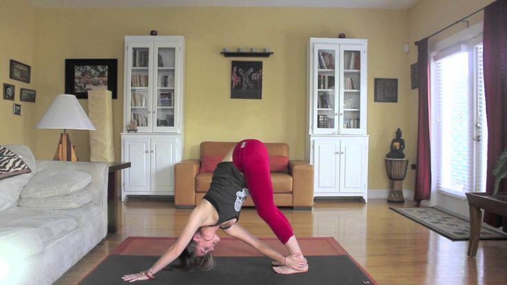 Yoga Workout For Chest & Shoulders - Day 2 - 30 Day Yoga Challenge I tried to do this one yesterday, nut only got half way through because i just didn't have the patience. But I did this with ease today December 13th 2014.
