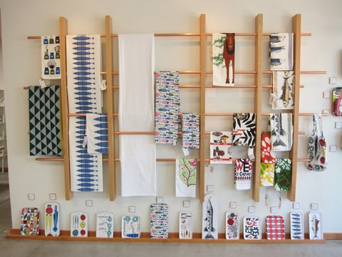 Rack To Display Hand Towels At Craft Shows