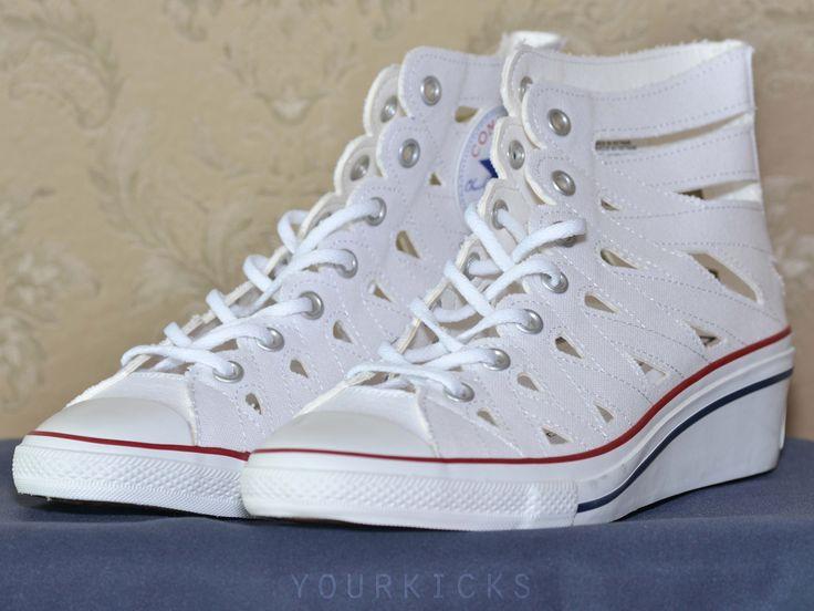 Кеды на каблуке дамские с вырезами CONVERSE оригинал, модель Converse Chuck Taylor All Star Hi-Ness Cutout Wedge Sneaker. Цвет:белые(White/Red). Производство Вьетнам. Куплены в США за 65 долларов + пересыл. Новые. Цена: 2700 руб. +7(96Ч)З28-6O-IЧ Доступный размер: # US7, EU38 - 24см. по стельке.