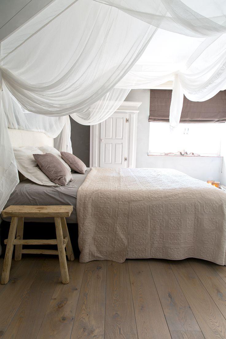 Landelijke slaapkamer / country style bedroom. Colors; Wall: Fresco ...