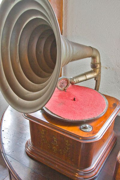 1000 Images About Antique Stereo S And Victrola S On