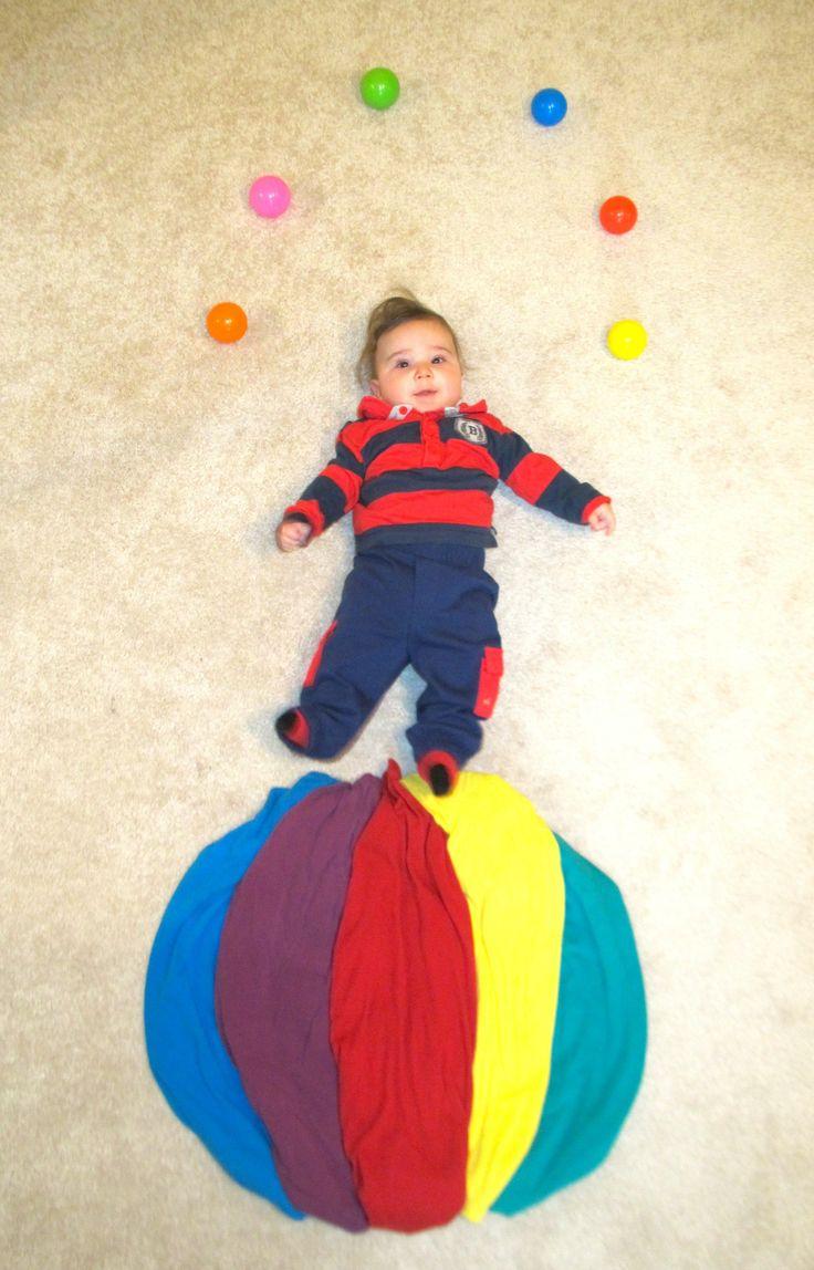 Ball-balancing juggler