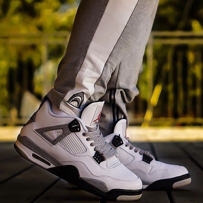 Nike Air Jordan 4 x Cement x Laced Up
