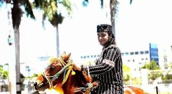 """HRH Tengku Pangeran Abdullah Ali Chandrarupa Rilis Silgle Dangdut """"Perawan Desa"""""""