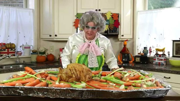 Mrs. Ruby Tips – Thanksgiving 101: Darlings there is no need to call the Butterball hotline this year. Aunty Ruby shares five of her simple tips for a moist and juicy masterpiece. To get this complete list of all my Top 10 Turkey tips!! check out my website: http://www.Mrsrubytips.com