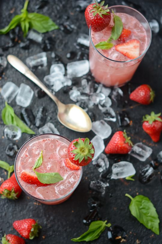 strawberry balsamic basil soda - www.scalingbackblog.com