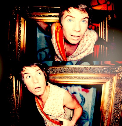 Chris Miles (Skins - Series 1 & 2) played by Joe Dempsie - I miss me some Chris :(