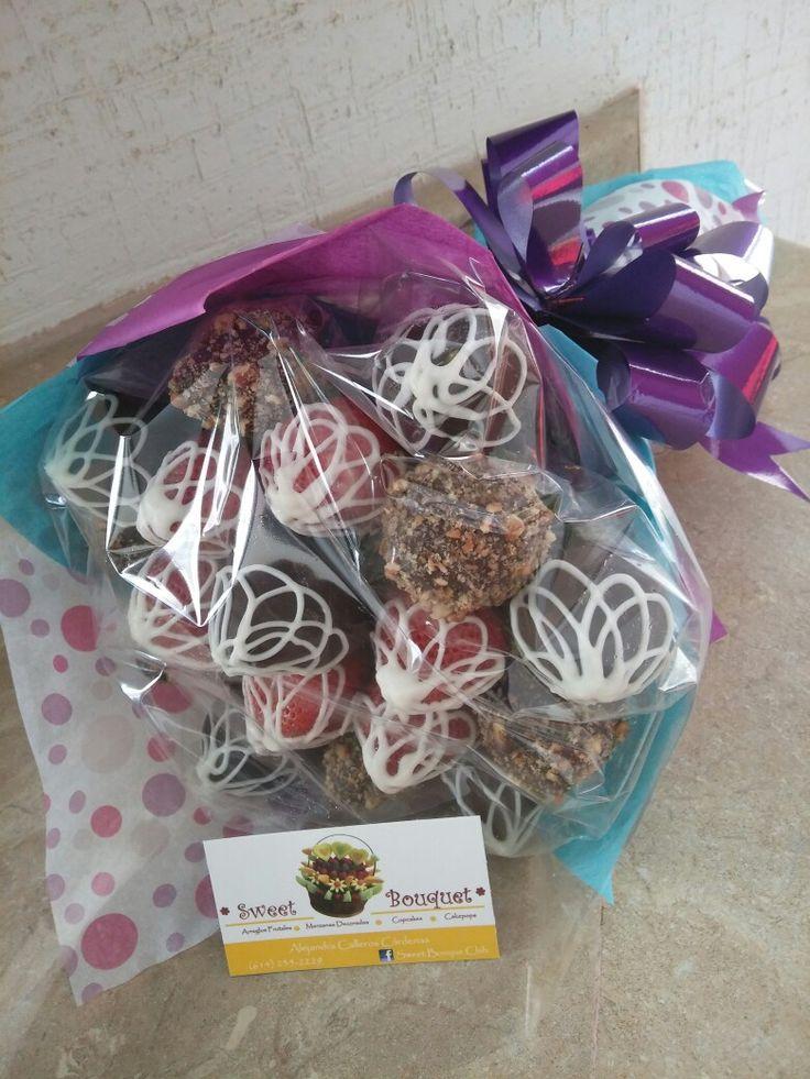 Ramo de fresas con chocolate & nuez by Sweet Bouquet  Chih ☺