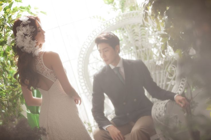 Korea Pre-Wedding Photography in Studio & Dosan Park, Seoul by May Studio on OneThreeOneFour 4