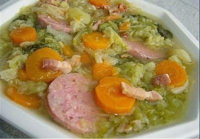 Soupe au chou vert - Recettes de cuisine faciles et simples | Recettee