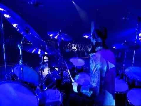 "Ozzy Osbourne - ""Let Me Hear You Scream"" at Ozzfest 2010"