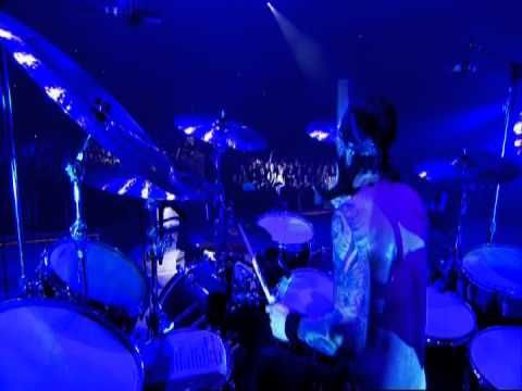 "Ozzy Osbourne - ""Let Me Hear You Scream"" at Ozzfest 2010"