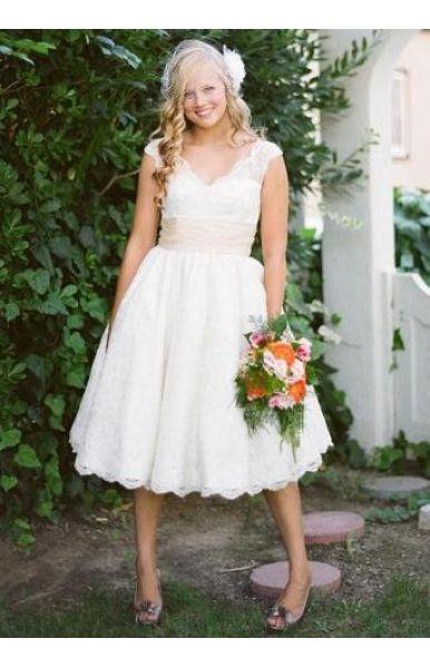 V Ausschnitt Chiffon Wadenlang Bescheiden Hochzeitskleid Kurz
